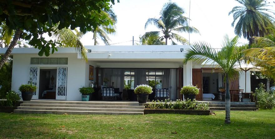 Rental Of Villa Paille En Queue