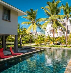 Luxury beachfront villas in mauritius for Decoration villa de luxe
